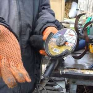 Clamped Disc On Angle Grinder How To Loosen A Nut