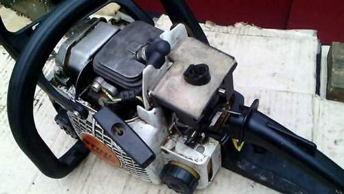 Dismantling the Stihl 180 Chainsaw Carburetor