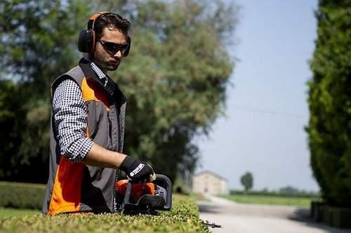 How to Choose a Garden Gasoline Trimmer