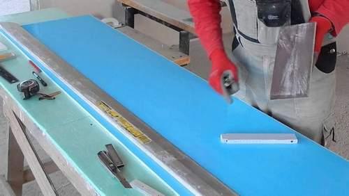 How to Cut Plastic Sandwich Panels