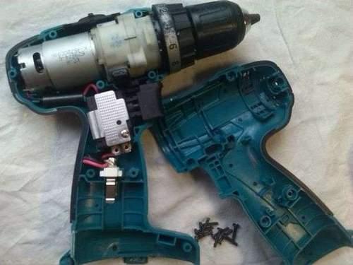 How to Remove a Caliber Screwdriver Gear