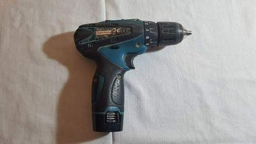 How to Remove the Gear from a Screwdriver Motor
