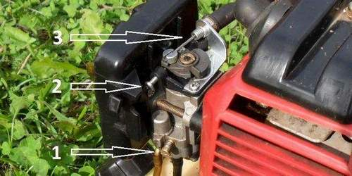 How to Set Fuel Delivery On a Stihl Trimmer