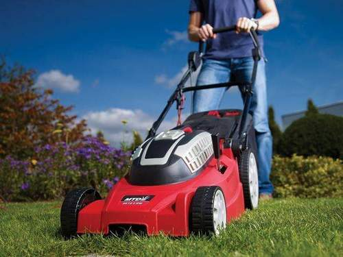 What Lawn Mowers Are And How To Choose The Right One