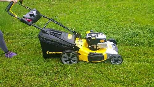 Which Gasoline Is Poured Into Champion Lawnmower