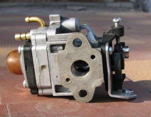 Setting And Adjusting The Trimmer Carburetor