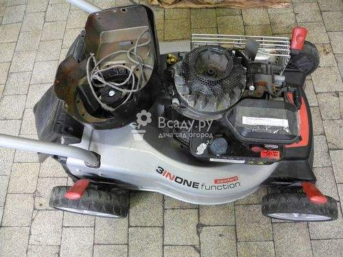 how the lawn mower works