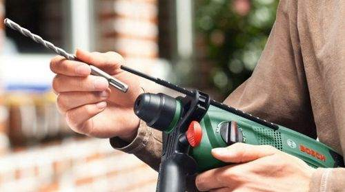 how to insert a drill into a hammer drill