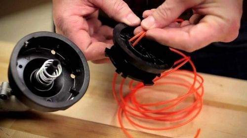 how to wind the line on the trimmer spool