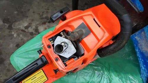 Why Does The Chainsaw Start Badly?