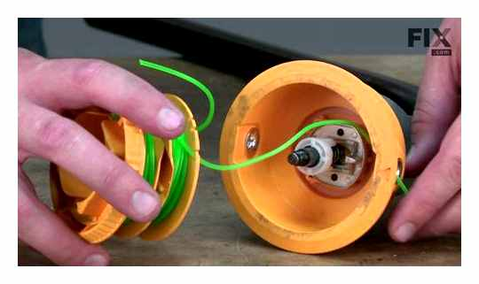 How To Disassemble A Reel With A Line On A Trimmer