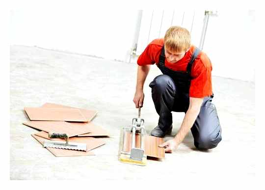 How To Work With A Manual Tile Cutter On A Tile