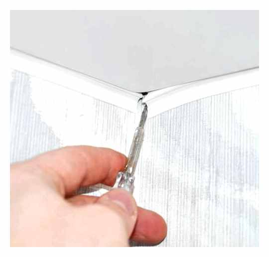 How To Cut The Plinth Of A Stretch Ceiling