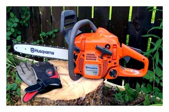 Which Trimmer Is Better Stihl Or Husqvarna
