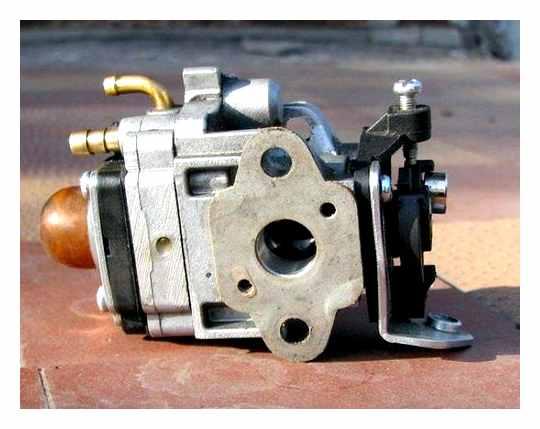 Adjusting The Carburetor Trimmer With Your Own Hands